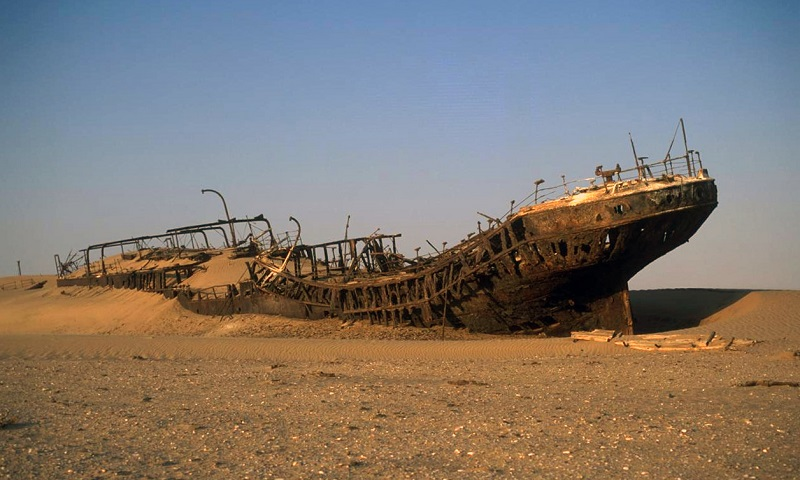 Ghost towns and shipwrecks: Namibia's haunted hot-spots